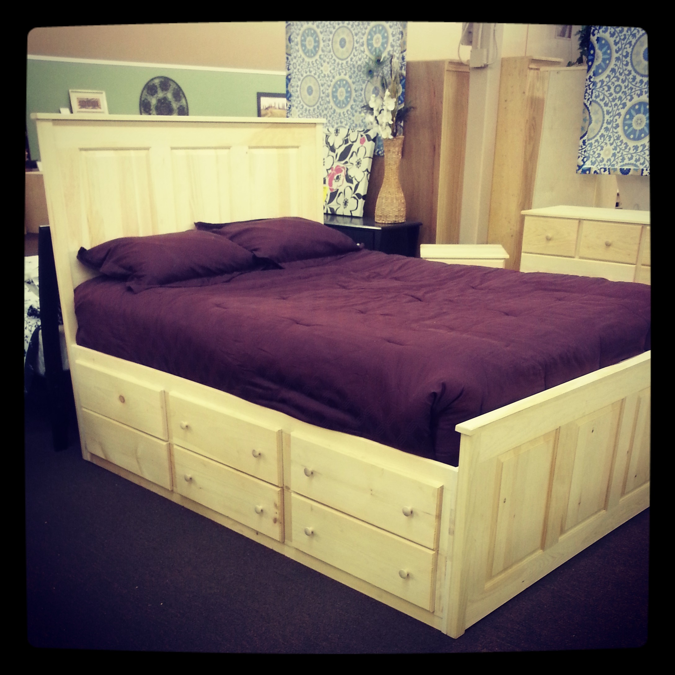 Generations Home Furnishings: Mill Creek Captains Platform Bed